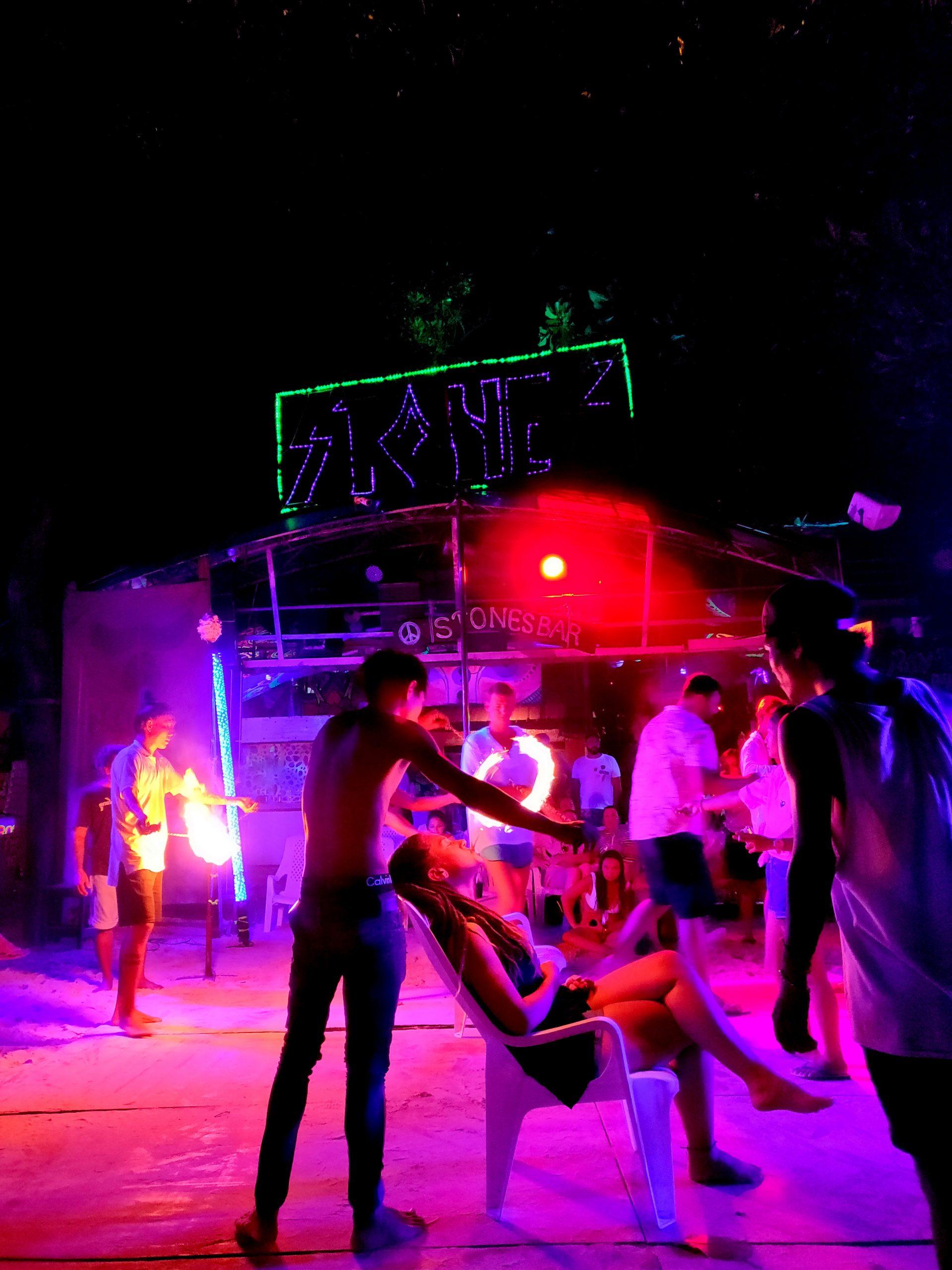 nightlife koh phi phi